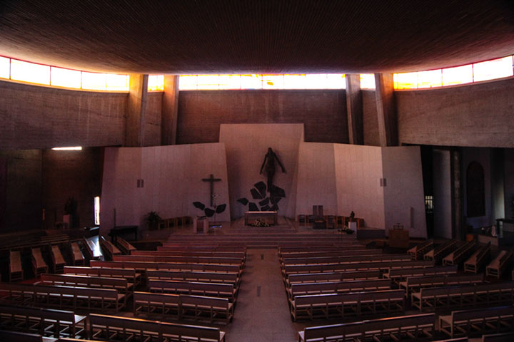 Vitrais/ Stained Glass, Igreja de São Martinho de Cedofeita (Projecto/ Project Arquitecto Alves de Sousa), Porto, 1996 (in collaboration with Manuel Casal Aguiar, Júlio Resende and Zulmiro de Carvalho)